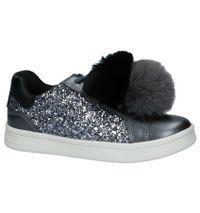 Geox Grijze Metallic Sneakers met Pompons